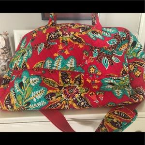 Vera Bradley Grand Weekender in Rumba